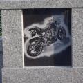 バイクのエッチング